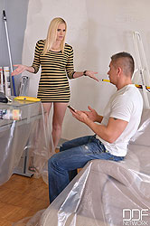 Cum In Her Mouth - Blonde Milf Gets Fucked In The Ass By Painter